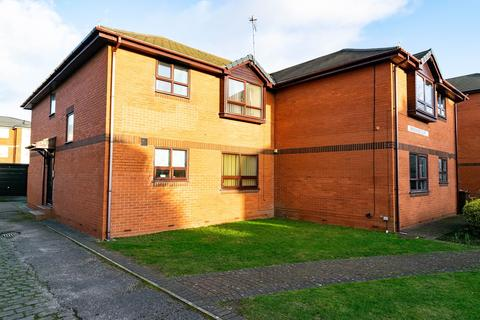 2 bedroom apartment for sale - 90 St Andrews Road North, Lytham St Annes, FY8