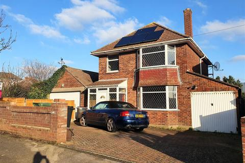 3 bedroom detached house for sale - Family Home In Popular Radipole
