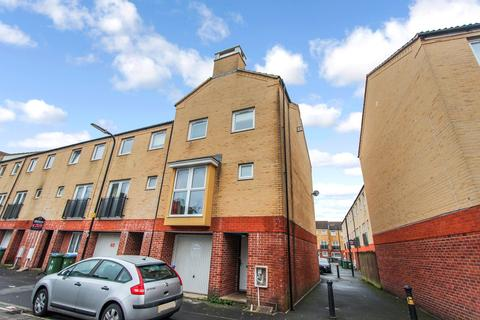 4 bedroom townhouse for sale - White Star Place, Southampton, SO14