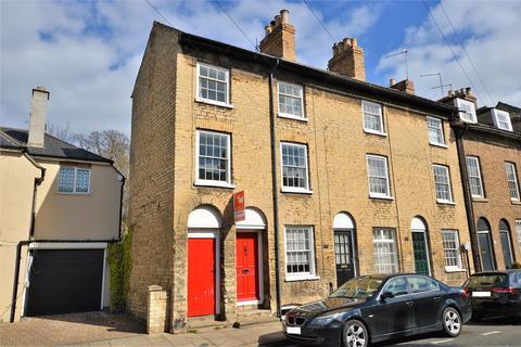 3 bedroom townhouse to rent - St. Leonards Street, Stamford