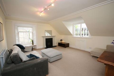 3 bedroom flat to rent - Buckingham Terrace, Edinburgh