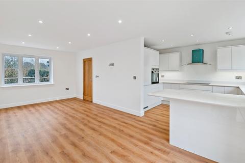 4 bedroom detached house for sale - Badsell Road, Five Oak Green, Tonbridge