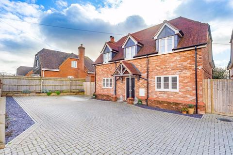 4 bedroom detached house to rent - Andover Road Ludgershall