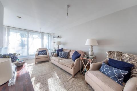 2 bedroom house for sale - 2 bedroom Apartment 2nd Floor in Hartford