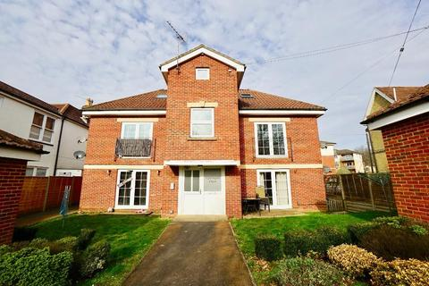 1 bedroom flat for sale - Station Road, Netley Abbey, Southampton, SO31 5AN