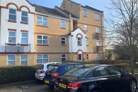 2 bedroom flat to rent - Angelica Drive, London, E6