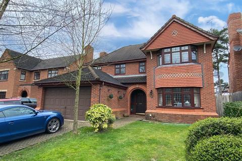 5 bedroom detached house for sale - Mallard Walk, Mickleover