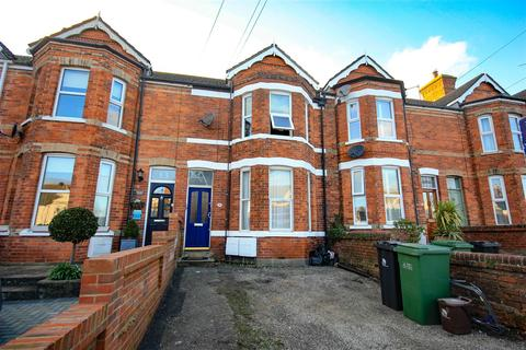 2 bedroom apartment for sale - Close To Town With Parking