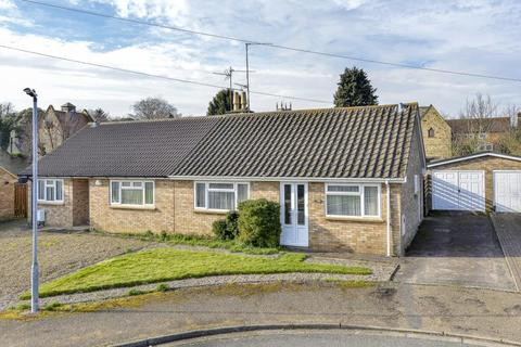 2 bedroom semi-detached bungalow for sale - Orchard Close, Orlingbury, Northants