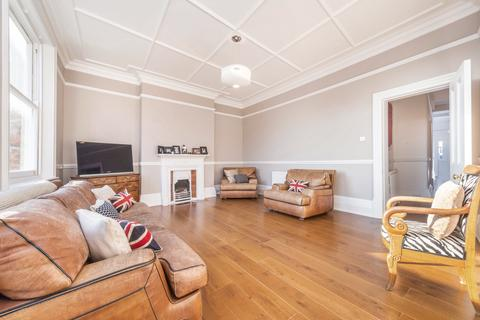4 bedroom flat for sale - St James Mansions, West End Lane, London, NW6