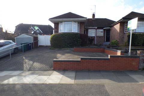 2 bedroom semi-detached bungalow for sale - Baring Road New Barnet, EN4