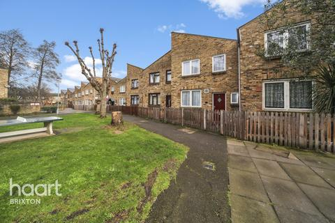 4 bedroom terraced house for sale - Hickmore Walk, London