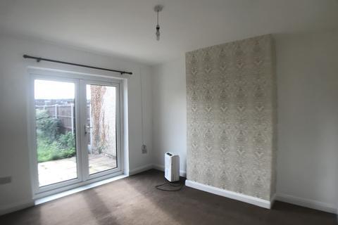 3 bedroom semi-detached house to rent - Parsonage Manorway, Belvedere, Kent DA17
