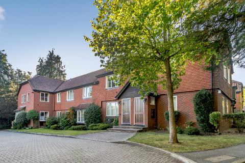 2 bedroom apartment for sale - Craigmore Court, Murray Road, Northwood