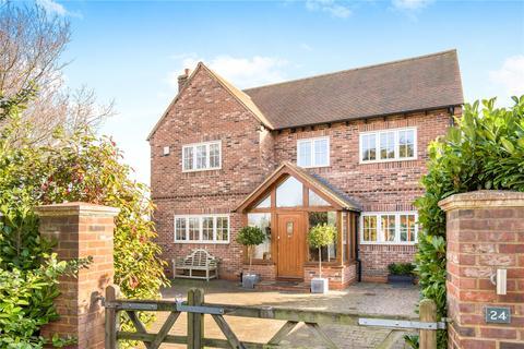 5 bedroom detached house for sale - Lower Icknield Way, Aston Clinton, Aylesbury, Buckinghamshire, HP22