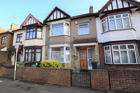 3 bedroom terraced house for sale - Woodlands Avenue, Chadwell Heath, RM6