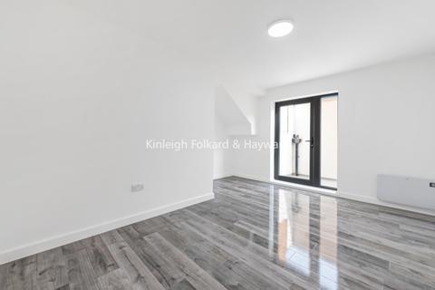 2 bedroom flat to rent - Rushey Green London SE6