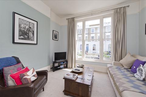 1 bedroom flat for sale - Stanlake Road, Shepherd's Bush W12