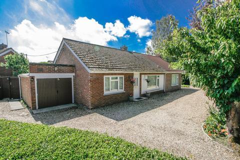 3 bedroom detached bungalow for sale - Handel Drive, Dereham