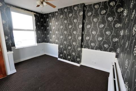 2 bedroom end of terrace house to rent - Harrison Street, Blackpool