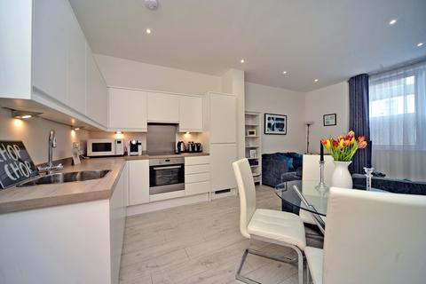 1 bedroom apartment for sale - Venture House, 42 London Road