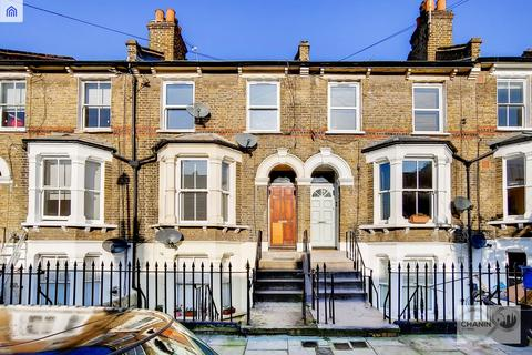 2 bedroom flat to rent - Mabley Street, Hackney E9