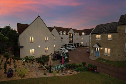 2 bedroom apartment for sale - Norbury Court, Purton, Wiltshire, SN5