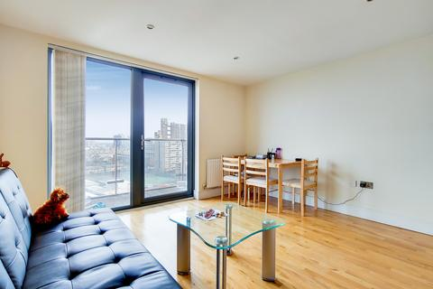 1 bedroom apartment to rent - Parkview Apartments, Langdon Park, E14