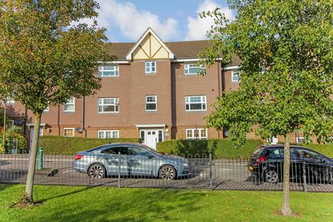 2 bedroom flat for sale - Parkland Mead, Bickley, Bromley, BR1 2FQ
