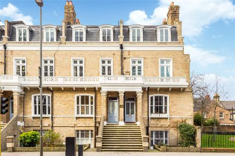 2 bedroom flat for sale - Sutherland House, 137-139 Queenstown Road, London, SW8