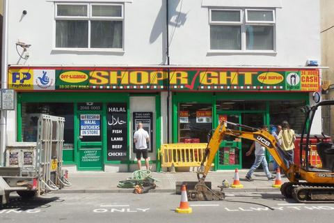 Shop to rent - 28-30 City Road, Cardiff CF24 3DL