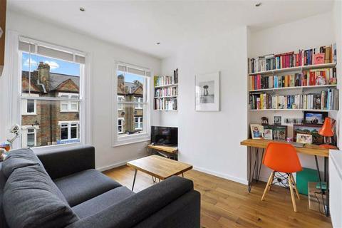 2 bedroom flat for sale - Highclere Street, Sydenham