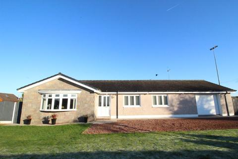 4 bedroom detached bungalow for sale - Loanwath Road, Gretna, DG16