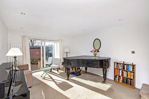 2 bedroom mews for sale - Linnet Mews, Balham