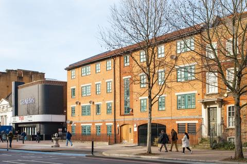 2 bedroom apartment for sale - City Gate, Mile End Road, London