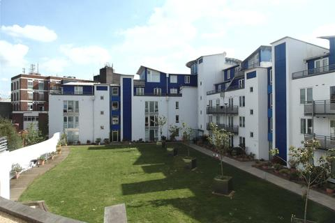 2 bedroom apartment to rent - Gordon Gardens, Plaza 21, Town Centre