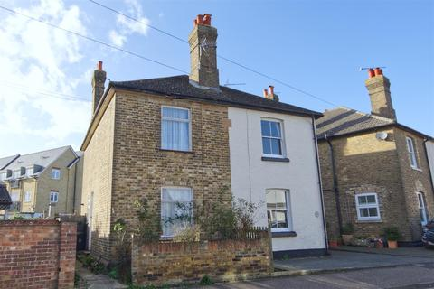 3 bedroom townhouse for sale - Victoria Road, Maldon