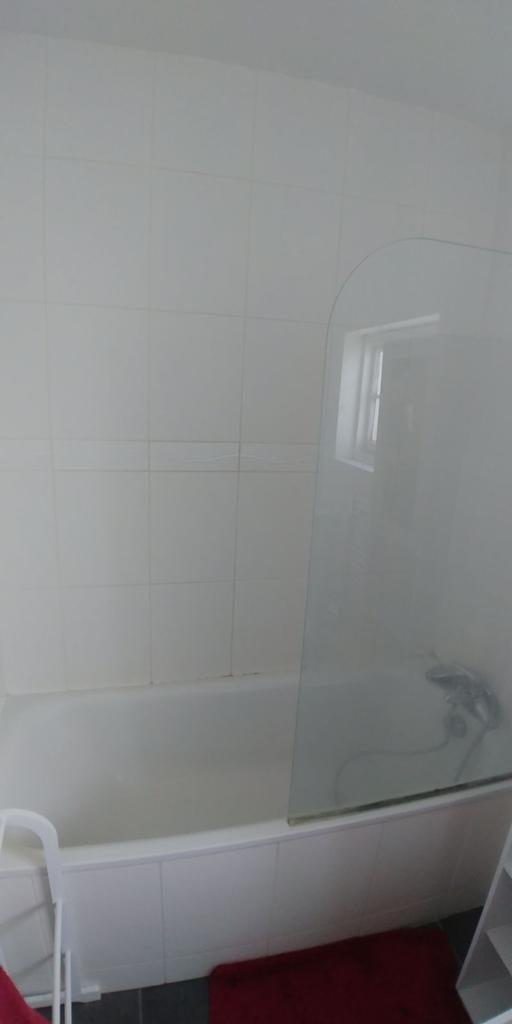 En Suite 1 Bath