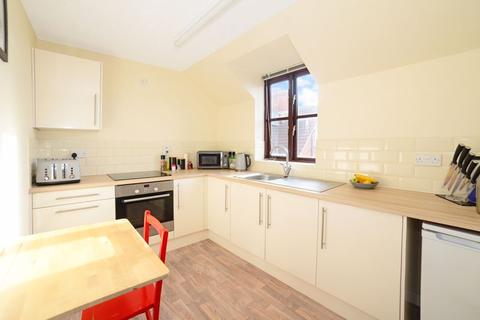 2 bedroom apartment for sale - Kirtleton Avenue, Weymouth, DT4