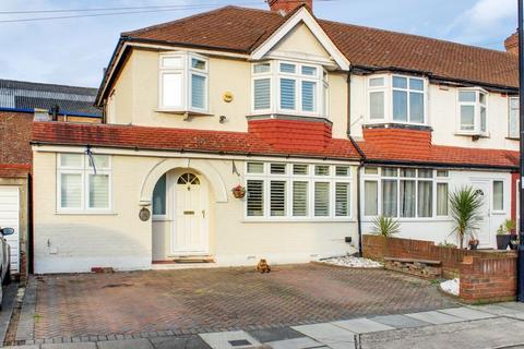 4 bedroom house for sale - Woodgrange Avenue, Enfield, EN1