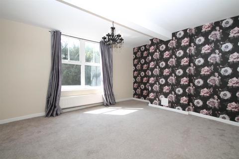 Studio for sale - London Road, Larkfield, Aylesford