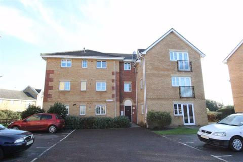 2 bedroom apartment to rent - Browning Drive, Wickford, Essex