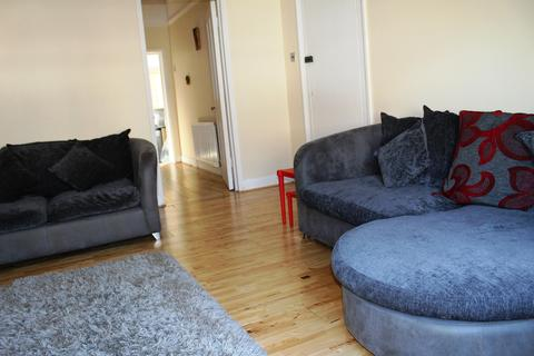 2 bedroom apartment to rent - West Street, Bromley, BR1