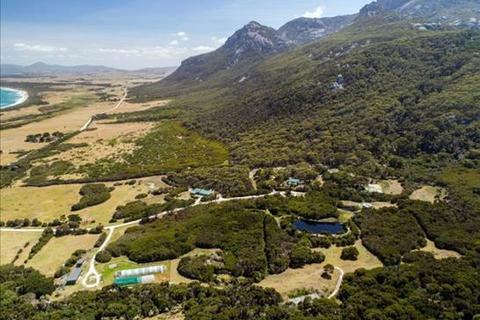 3 bedroom house - 855 Trousers Point Road, LOCCOTA, TAS 7255