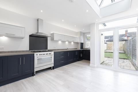 2 bedroom terraced house to rent - Hatherley Street, Cheltenham GL50 2TT