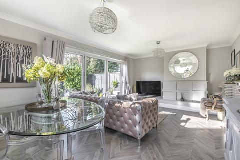 3 bedroom semi-detached house for sale - Court Road Orpington BR6
