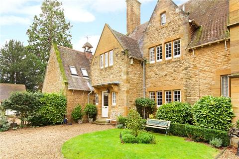 3 bedroom house for sale - Harlestone Road, Dallington, Northamptonshire, NN5