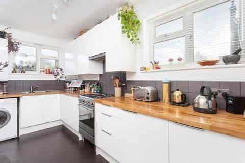 3 bedroom flat for sale - St Asaph Rd, Brockley SE4