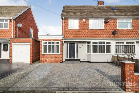 3 bedroom semi-detached house for sale - Windsor Drive, Cleadon, Sunderland, SR6 7SU