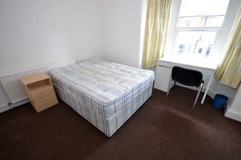 1 bedroom house share to rent - Swainstone Road, Reading, Berkshire, RG2 0DX